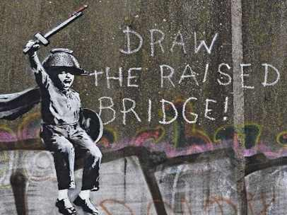 Grafiti 'Draw the raised bridge', de Bansky.