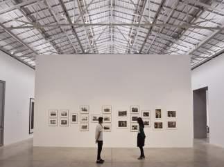 Una de les exposicions celebrada en Bombes Gens en el seu primer any