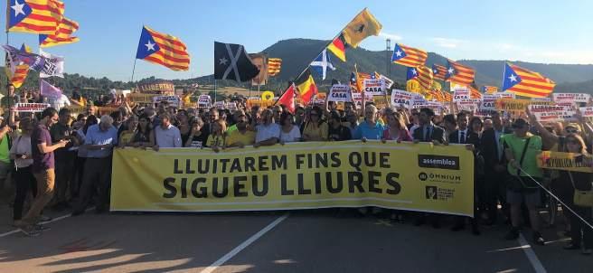Marcha por los presos soberanistas en la cárcel de Lledoners (Barcelona)