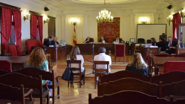 Juicio contra el exalcalde de Cacabelos 9-7-2018