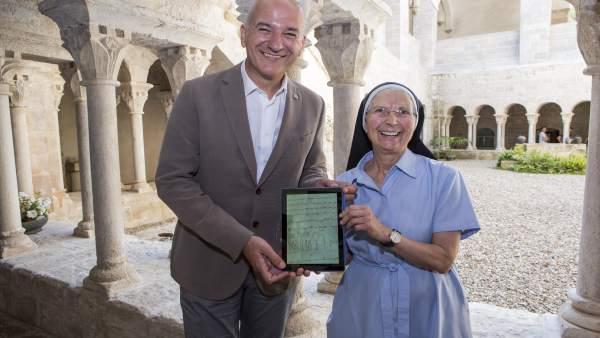 El rector Quim Salvi y la priora Maria Assumpció Ferrer