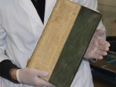 Encuentran tres libros venenosos en una biblioteca de Dinamarca