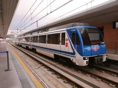 Uno de los trenes de Metro de Madrid