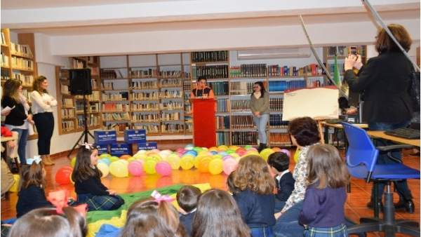 Biblioteca en un municipio de Cáceres