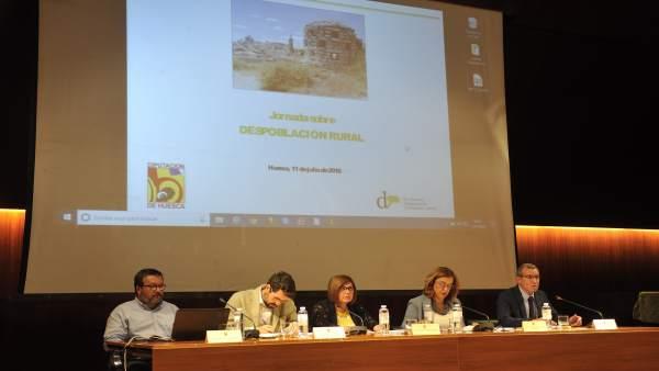 Rosario Cordero participa en Huesca en una jornada sobre despoblación rural