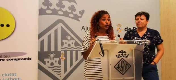 Aurora Jhardi en la rueda de prensa