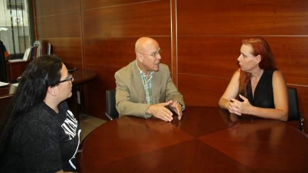 Reunión de Rafael Yanes con miembros de la plataforma