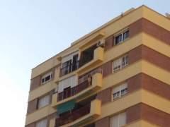 Bloque en el que fue rescatada del balcón una niña de cinco años