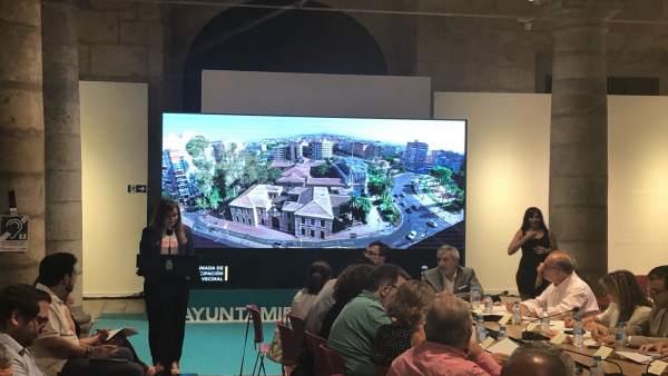 Pérez presenta proyecto Cárcel Vieja