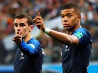 Griezmann y Mbappé, con la camiseta de Francia.