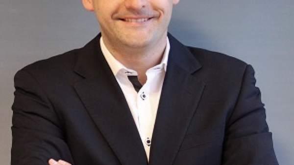 Carlos Abad.