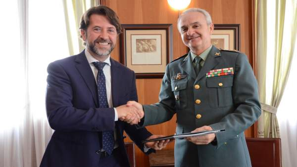 Alonso y el nuevo general de la Guardia Civil