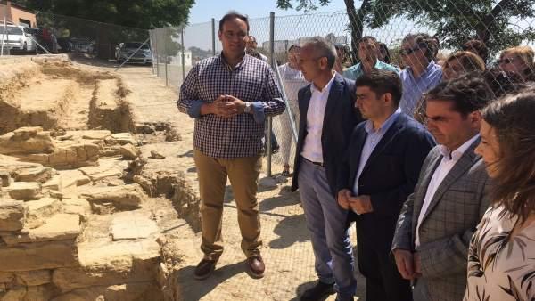Visita a los restos del anfiteatro romano