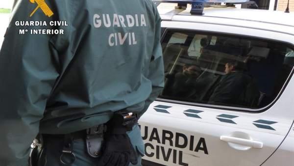 El jutge de Llíria deixa lliure amb càrrecs al monitor detingut per abusos