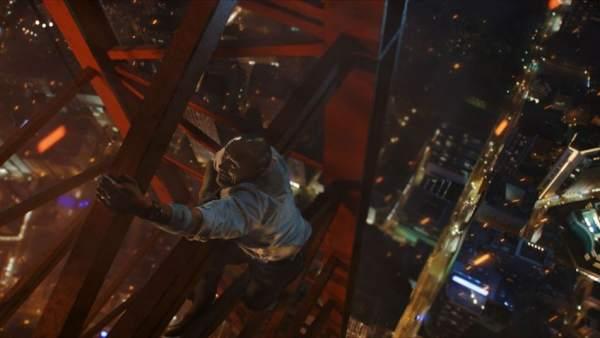 Dwayne The Rock Johnson protagoniza 'El rascacielos'.