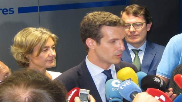 Pablo Casado, junto a Tejerina y Ferández Mañueco