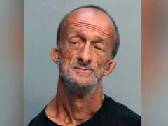 Un hombre sin brazos, acusado de agredir a un turista con unas tijeras