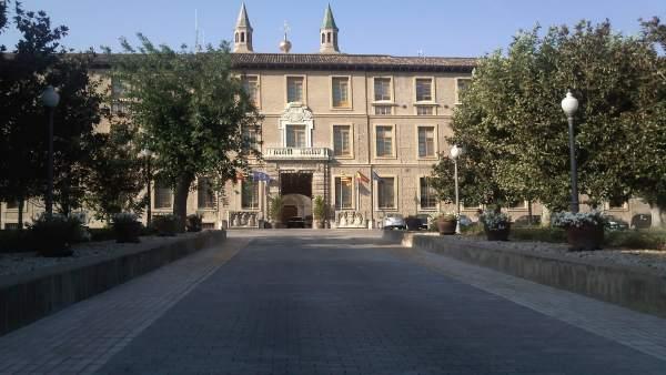 Edificio Pignatelli, Sede Del Gobierno De Aragón