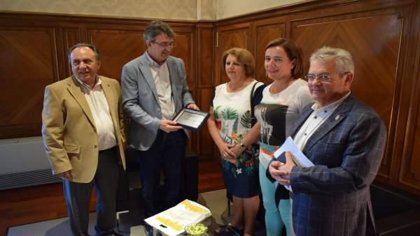 Majo con los miembros de la Casa León en Buenos Aires