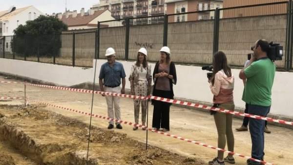 PSOE valora la inversión de 34 millones para 30 actuaciones en centros.