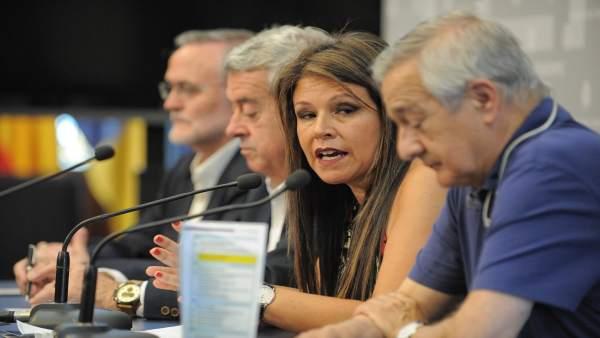 Delia Herrera en rueda de prensa