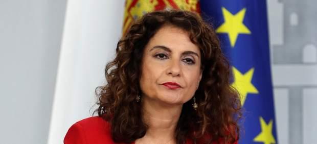 La ministra Montero admite que no se podrán publicar los nombres de los beneficiados por la ...