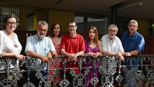 ACPV i Escola Valenciana demanen al Consell que complisca els seus compromisos