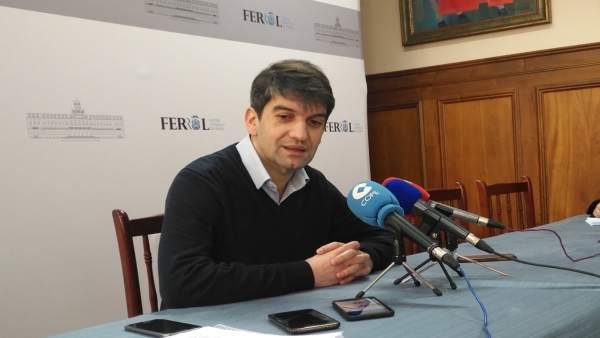 El alcalde de Ferrol, Jorge Suárez.