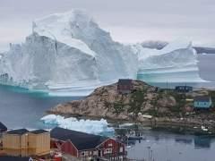 Desalojados los vecinos de un pueblo de Groenlandia ante la amenaza de un iceberg