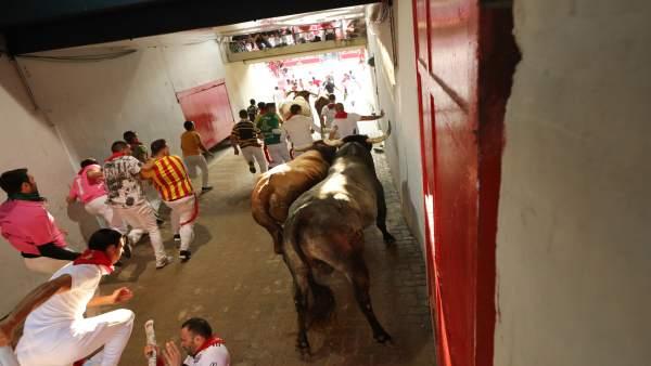 Ultimo encierro de Sanfermines 2018 con toros de Miura.