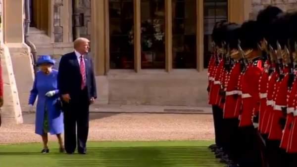 Trump y la reina de Inglaterra