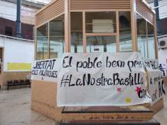 Pancartas en la cárcel Modelo de Barcelona