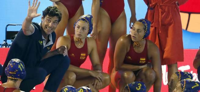 Debut de la selección femenina en el Europeo de waterpolo