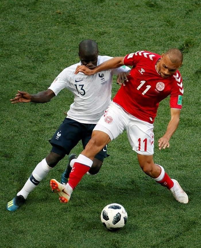 NGOLO KANTÉ. Se ha convertido en uno de los mejores jugadores del mundo en su posición y el Mundial lo ha demostrado. El inteligente centrocampista es parisino, pero su ascendencia es maliense. Ha hecho un campeonato sensacional, aunque en la final estuvo flojo.