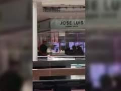 Los Mossos detienen a los cuatro atracadores de una joyería de Castelldefels