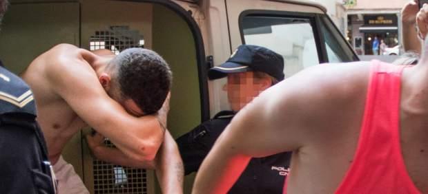 Prisión sin fianza para el detenido por la muerte del cineasta Van Luijn