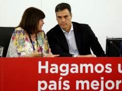 PSOE y Podemos se alejan por el listado de la amnistía fiscal y las cintas de Villarejo