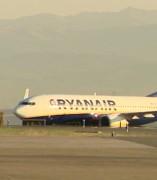Sindicatos critican que Ryanair se acoja a los servicios mínimos
