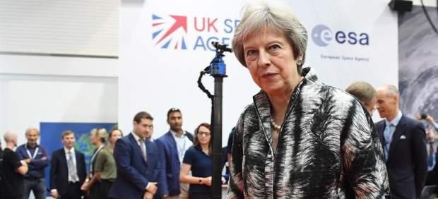May supera otro escollo al pasar la Ley de Aduanas para después del 'brexit'