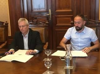 Los diputados forales José Ignacio Asensio y Denis Itxaso