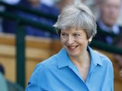 May aborta una rebelión interna y supera otro obstáculo en su ruta hacia el 'brexit'