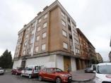 Número 6 de la calle Río Sella de Lugones (Siero) en el que una joven ha sido detenida por matar a su pareja.