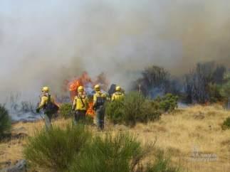 Valladolid.- Bomberos de la Junta sofocan un incendio (Archivo)