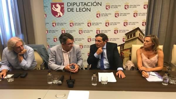 Antonio Sáez Aguado y  Juan Martínez Majo