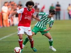 Lío para el Betis con el VAR: el Braga acaba con 8 y a punto de retirarse