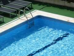 Los mossos denuncian por homicidio imprudente a dos monitores del niño ahogado en una piscina en Lleida