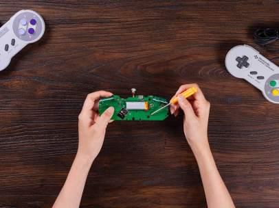 Kit para reinventar los mandos de las viejas consolas