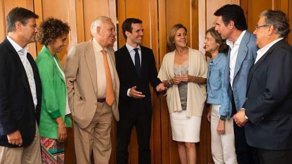 Casado y parte de los exministros de Rajoy.