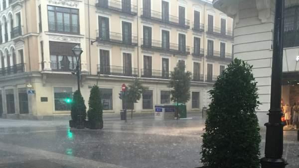 Lluvia en Valladolid. Imagen de archivo