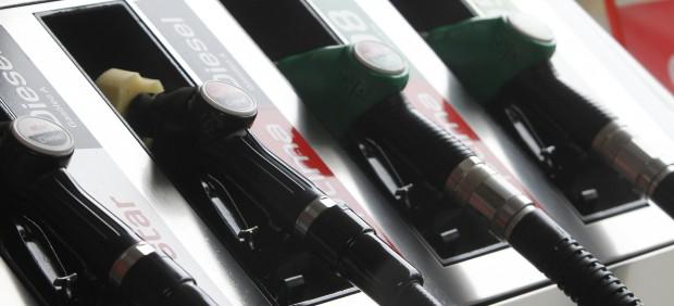El diésel es ya más caro que la gasolina en 13 países de la UE